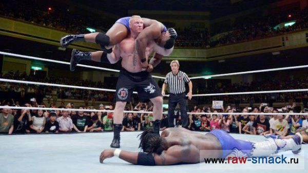 Brock Lesnar vs Kofi Kingston